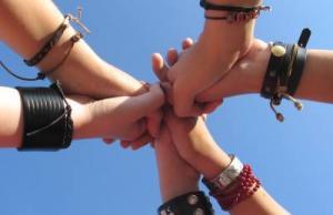 Imatge de la notícia Ja t'has inscrit a l'Escola d'Estiu del Voluntariat?