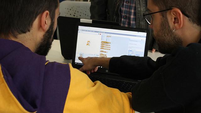 la Reunión de la robótica creativa de la Red Punt TIC