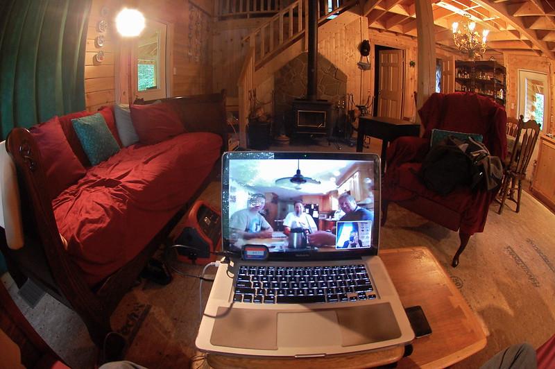 Les videoconferències són una bona alternativa a les classes en línia. Imatge de ChrisDag. Llicència d'ús CC BY 2.0 Font: ChrisDag. Llicència d'ús CC BY 2.0
