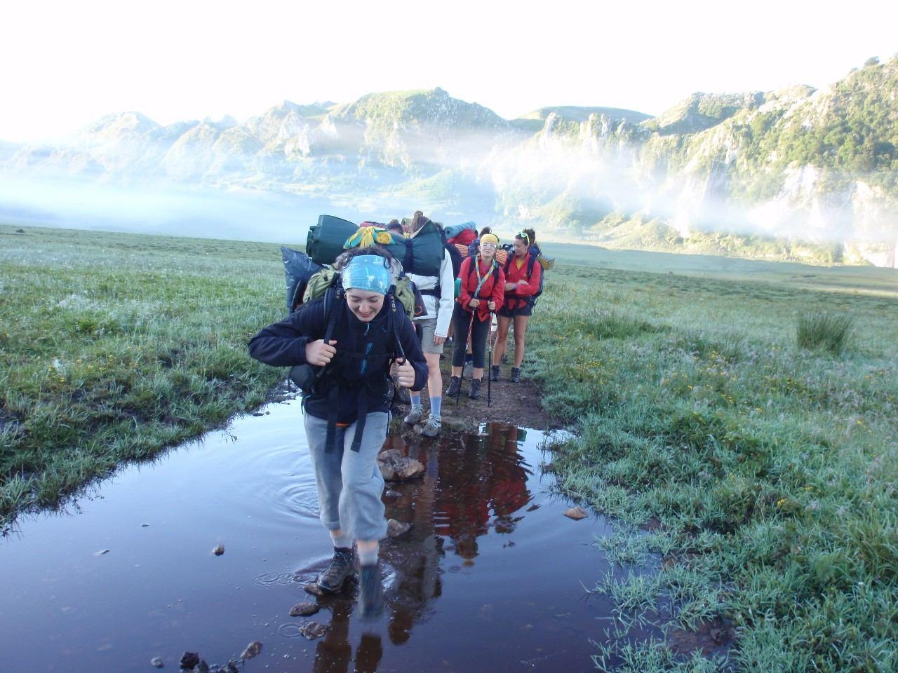 La natura és un context educatiu idoni per al guiatge i l'escoltisme. Foto: MEG