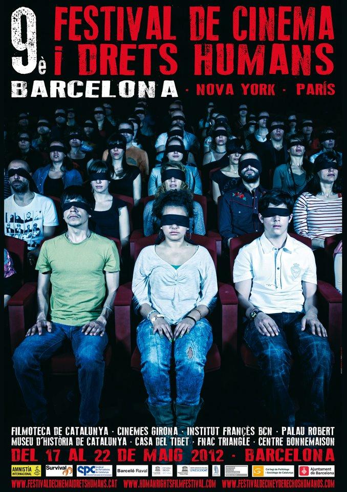 Cartell del Festival, espectadors de cinema amb una bena als ulls