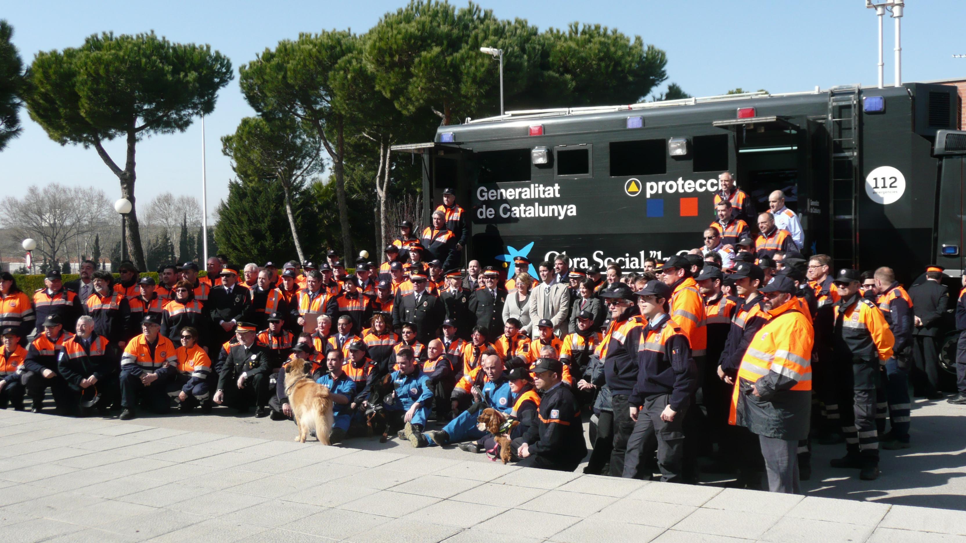 Dia Internacional del Voluntariat de Protecció Civil. Font: http://goo.gl/OEnOp