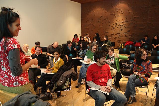 Dinàmica de grup. Font: Olgaberrios (Flickr)