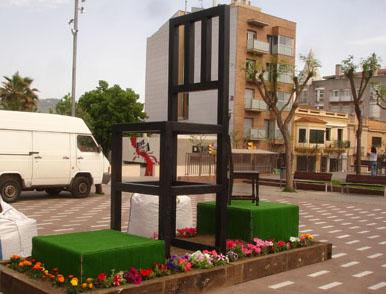 Cadira Gegant a la Plaça del Castell de Pallejà (Fotos. Ramape)