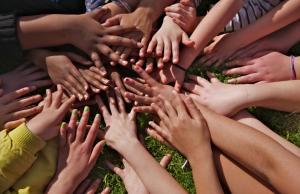 Imatge de la notícia Ja es pot consultar el preprograma de l'Escola d'Estiu del Voluntariat 2014