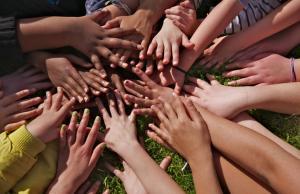 Imatge de la notícia El Govern aprova el Pla nacional de l'associacionisme i el voluntariat 2014-2015