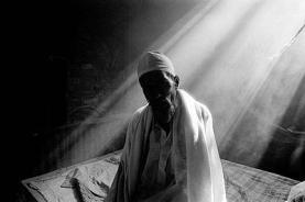 Imatge d'un apàtrida en un camp de Bangladesh. Font: ACNUR