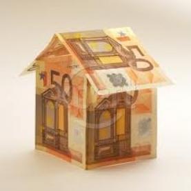 Casa feta amb bitllets