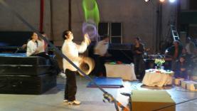 Foto del taller de circ del Taller d'Idees. Publicada a la campanya de Verkami