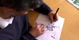 Imatge d'un dels entrevistats dibuixant una vinyeta