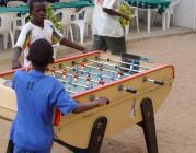 Nens jugant a Dakar, Senegal; imatges: Jordi Baroja