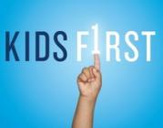 """Part de la portada del llibre """"Kids first"""" de David Kirp"""