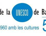 Logotip 50 anys Amics de la Unesco de Barcelona