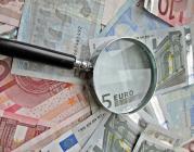 Lupa i bitllets d'euro. Font: Images_of_Money (Flickr)