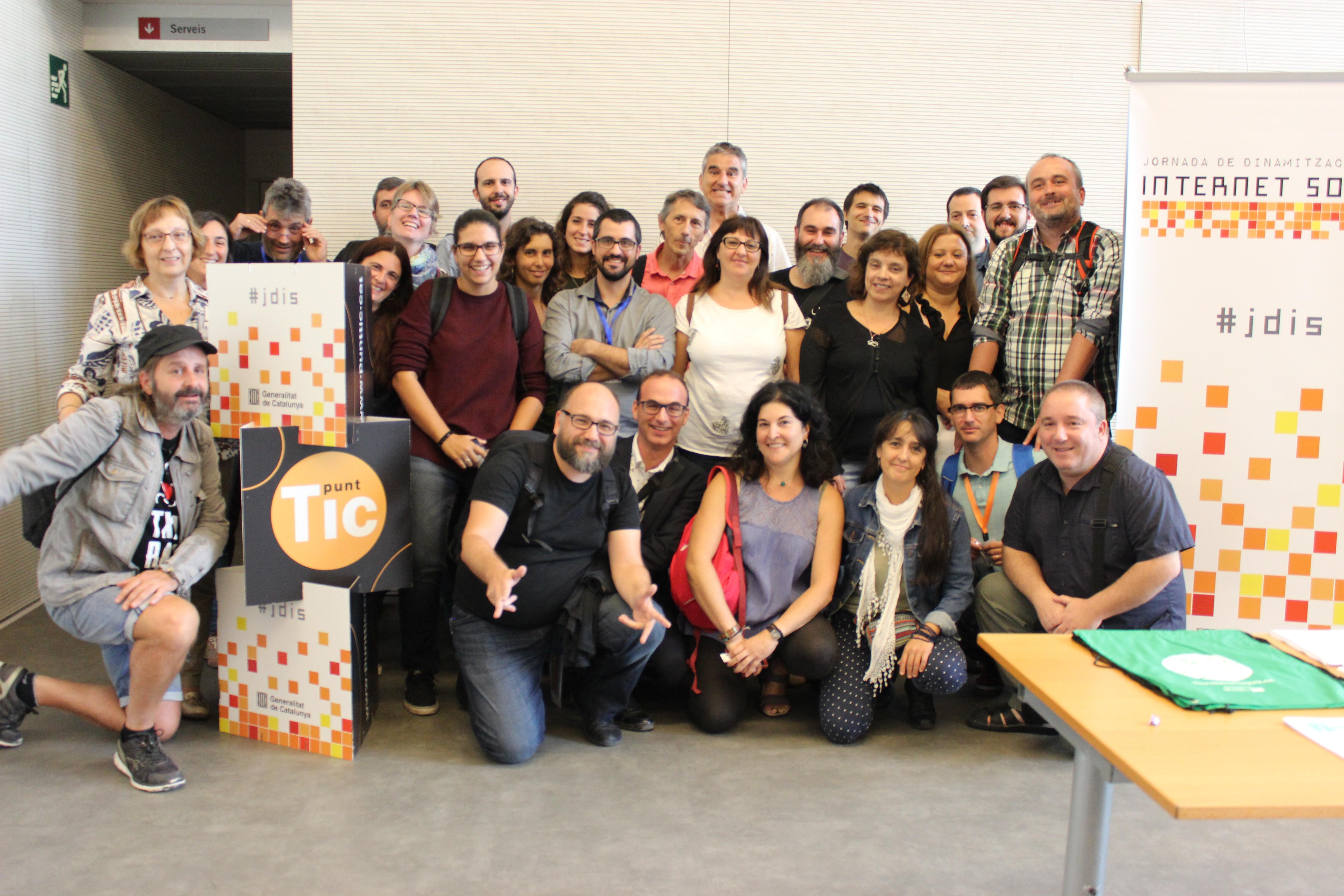 Grupo de los tomadores de decisión/oms en el Día de la revitalización de la Sociales de Internet en 2017