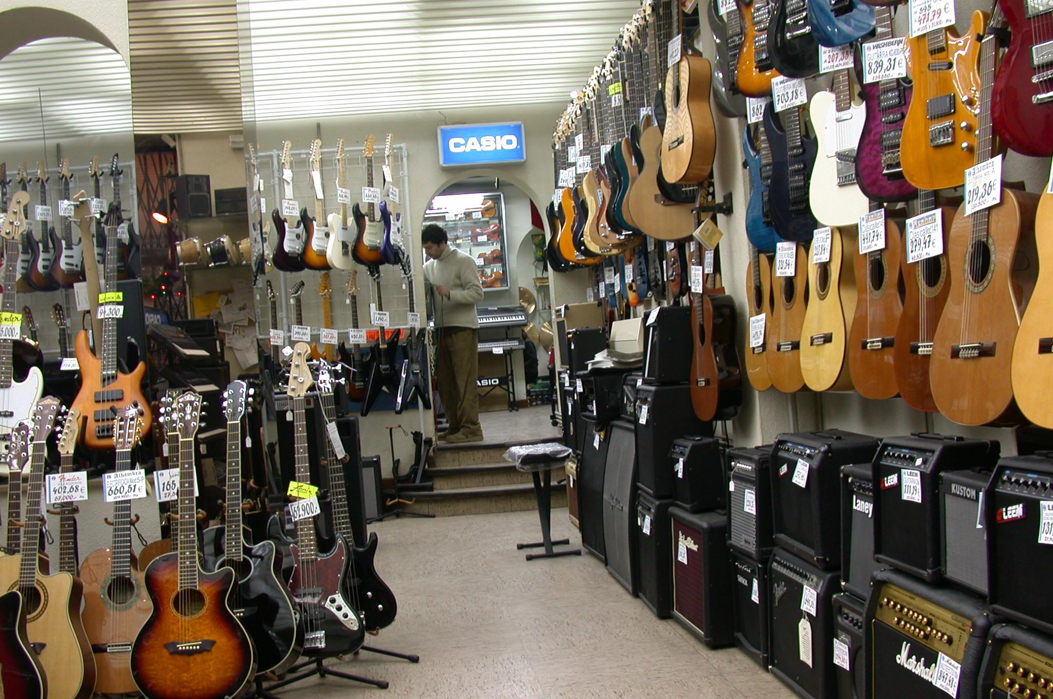 La segona vida dels instruments musicals - Instrumentos musicales leganes ...