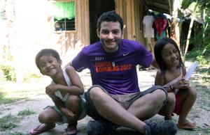 Imatge de la notícia Vols participar en un camp de treball o en una   ruta solidària?