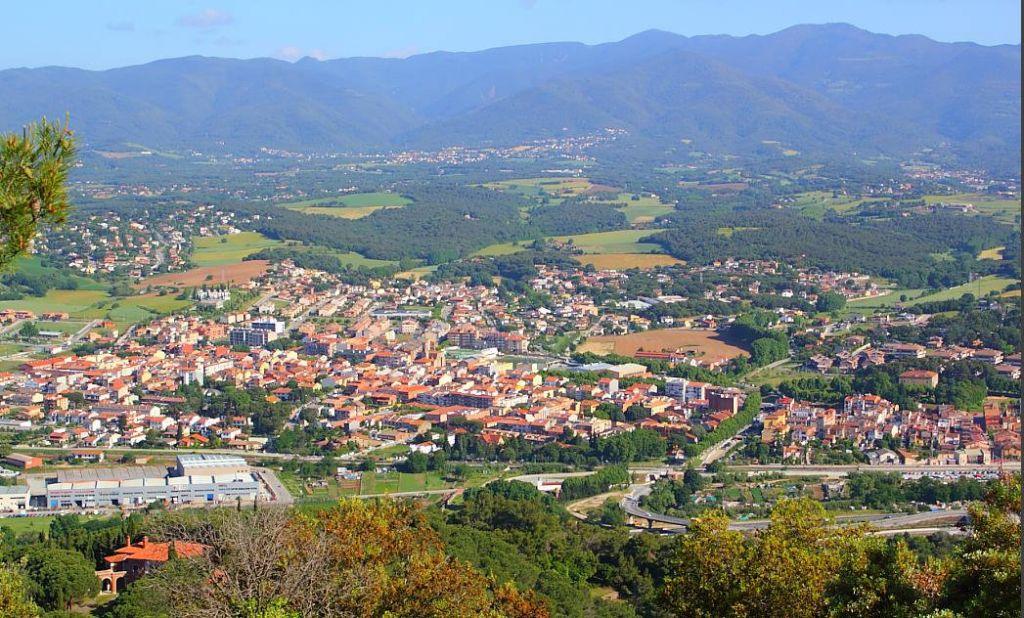 Subvencions per a entitats de llinars del vall s for Pisos en montornes del valles