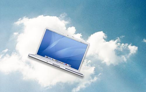 Cloud Computing. Imatge creada per l'usuària Flickr mansikka. Font: