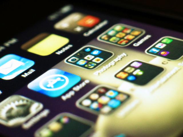 Apps en un terminal mòbil. Fotografia de l'usuari Flickr Daniel Go.  Font: