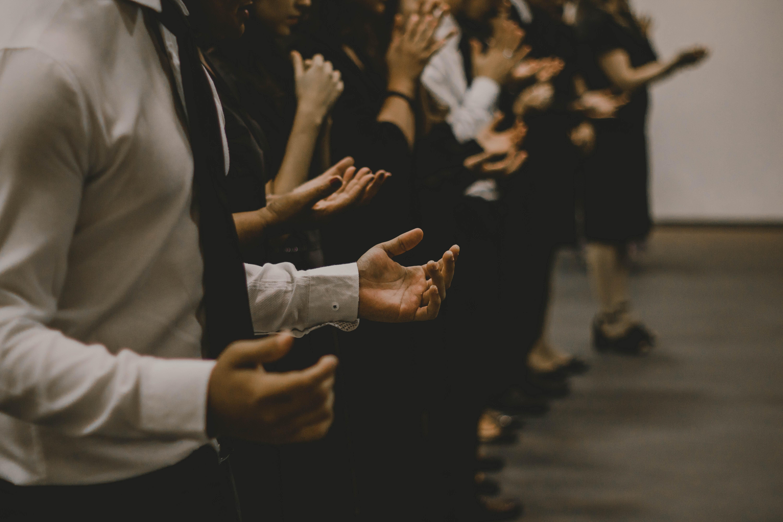 La Llei Orgànica 7/1980, de 5 de juliol, de Llibertat Religiosa reconeix la llibertat de creença i de culte i també declara que l'Estat espanyol és aconfessional. Font: Unsplash.
