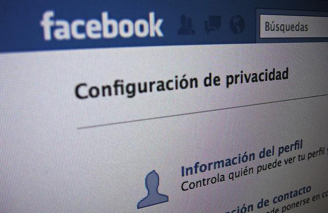 Configuració de la privacitat en diferents xarxes socials Font: