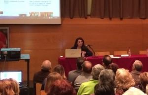 Alba Pedrós, de la Fundació Marianao, a la presentació de la Xarxa de Voluntariat de Sant Boi