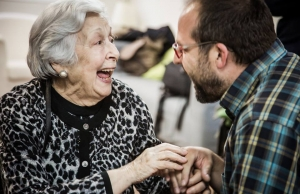 Imatge de la notícia 220 persones sol·liciten enguany a Amics de la Gent Gran la companyia de voluntaris/es