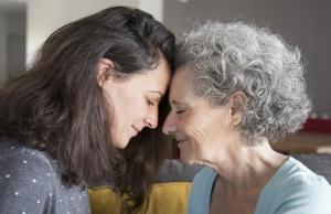 La campanya d'Alzheimer Catalunya posa èmfasi en visibilitzar la realitat de les persones cuidadores. Font: Alzheimer Catalunya