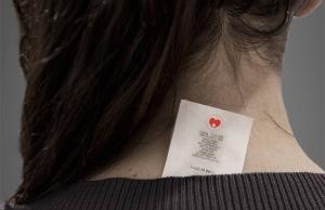 Imatge de la notícia Neix una etiqueta que acredita peces de roba lliures de mà d'obra infantil