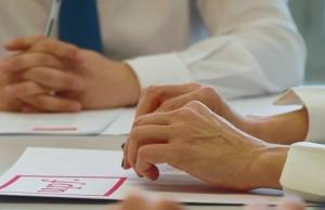 La Clínica Jurídica és una iniciativa solidària d'aprenentatge-servei impulsada per la Facultat de Dret de la Universitat Pompeu Fabra. Font: UPF