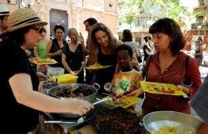 Imatge de la notícia Cerquen voluntaris pel Gran Dinar d'aprofitament de Barcelona