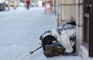 Imatge de la notícia Fes-te voluntari/a del nou recompte de persones sense llar a Barcelona