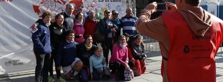 Equip solidari de la Magic Line 2018 fent-se una fotografia. Font: Solidaritat SJD