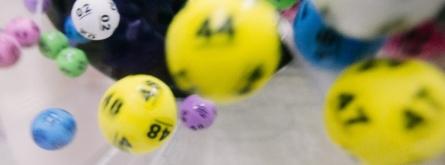 Tots els premis de la Loteria de Nadal fins a 40.000 euros per bitllet o fracció estan exempts de tributació. Font: Unsplash. Font: Font: Unsplash.