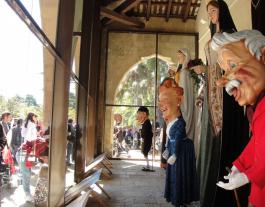 Jornada de portes obertes a la Casa dels Gegants de Tortosa. Font: Casa dels Gegants de Tortosa.