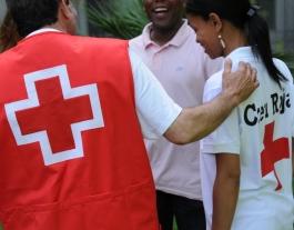 Més 400.000 persones a Catalunya han rebut ajut humanitari de la Creu Roja l'últim any.  Font: Creu Roja