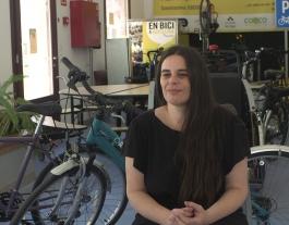Erika Laguillo, membre de Biciclot al Bicihub. Font: Carlos Faneca