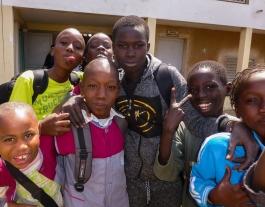 La Fundació Babel vetlla i treballa per l'escolarització dels nens i nenes al Senegal. Font: Fundació Babel