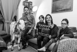 La pel·lícula de la cabra al barri perifèric de Montpeller