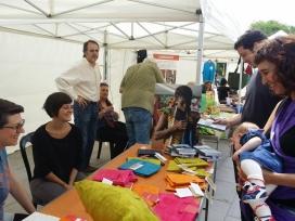 Fira organitzada a Barcelona per celebrar el Dia del Comerç Just 2014. Font: Som Comerç Just i Banca Ètica