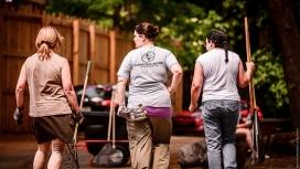 Voluntariat - Font: flickr de Steve Janosik