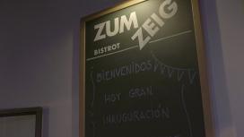 El projecte també ofereix servei de bar / Foto: Zumzeig Cinemacooperativa