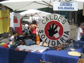 Caldes Solidària a una fira a Caldes de Montbui. Font: Caldes Solidària