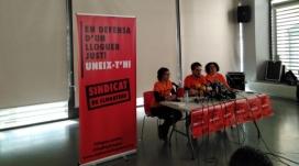 Els portaveus del sindicat de llogaters de Barcelona, durant l'acte de presentació