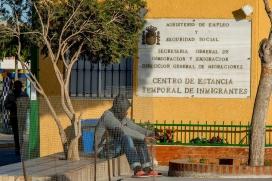 L'informe lamenta la sobresaturació dels Centres d'Estada Temporal d'Immigrants