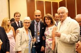Lliurament Medalla d'Honor a Josep Guardiola amb Muriel Casals - Font: Òmnium
