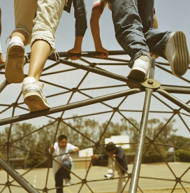 Nens jugant al parc. Font: SCA Svenska Cellulosa Aktiebolaget (Flickr)