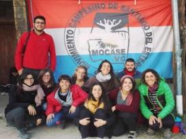Camps de solidaritat de Setem a l'Argentina amb el moviment camperol MOCASE que lluita per la sobirania alimentària i la reforma agrària.
