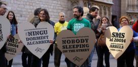 Passejant cors en una campanya de la fundació